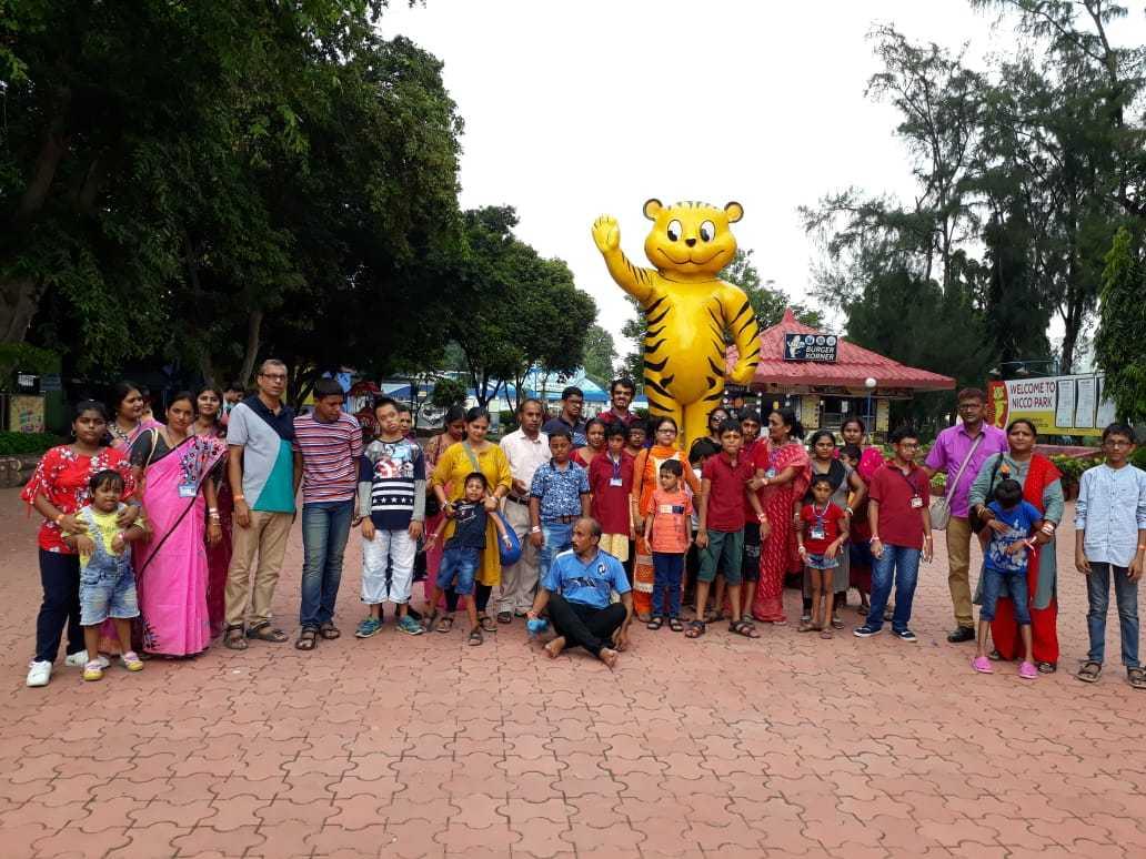 Niccopark Day Out happened on Gandhi Jayanti sponsored by #daanutsab