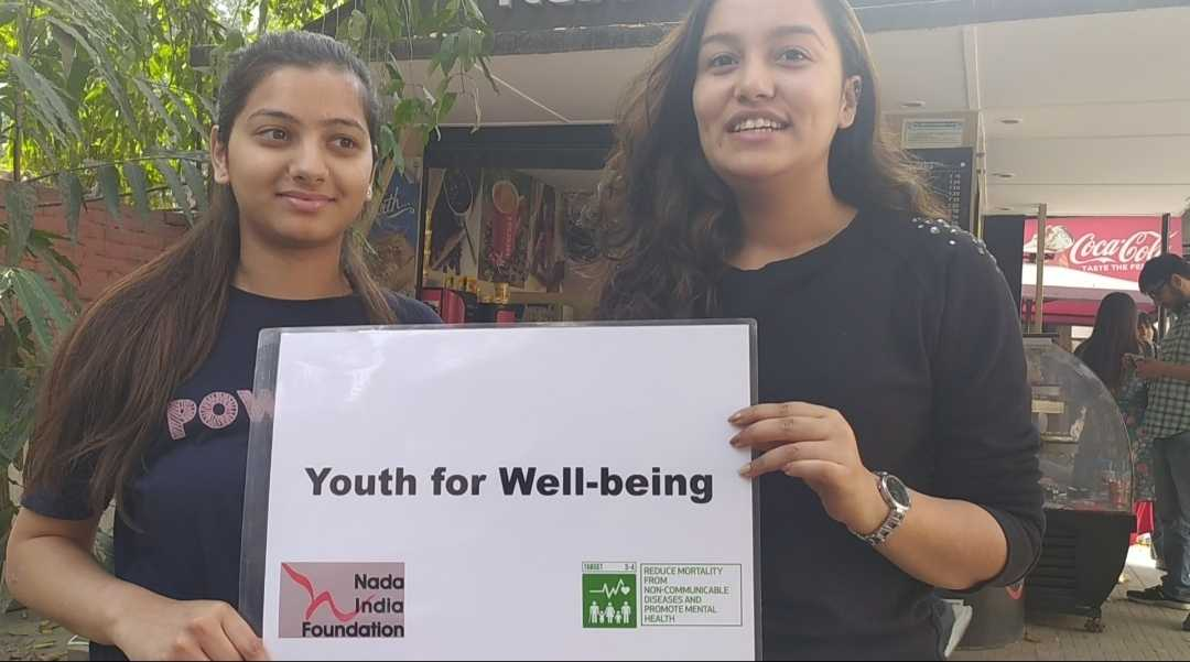 "Nada India Foundation celebrated ""World Obesity Day"" at Daulat Ram College at their Annual social festival ""Aagaaz 2020"". Nada India Health Advocates Riya Thapliyal and Devid spent the afternoon speaking to students, spreading the word and promoting good health on campus.   Devid said, ""agar aapko obesity ki problem hai toh aap cancer, blood pressure, jaisi ghatak bimariyon se bhi ulajh rahe ho"". Riya helped students establish the link between obesity and climate change which was the theme of the festival.   Students were surprised to discover this link and also the global event was news for them, they didn't know such a day was celebrated today.   Jaanvi, second year student of Philosophy (H) said, ""the main reason behind obesity is our sedentary lifestyle so we need to take care of what we eat and we need to exercise daily"".   While Urvashi pledged to switch to healthier food items and quit eating junk food,   Farha wished for everyone's well being and asked today's youth which she said is tomorrow's future to take this growing problem of obesity seriously. Diksha Rawat, a student of Vivekananda College mentioned how an obese person led out more carbon dioxide than a non obese person and pledged that she would take care of herself and her environment. Everyone acknowledged obesity to be a global crisis that needed immediate intervention and regarded healthy eating and daily exercise as means to combating the problem."