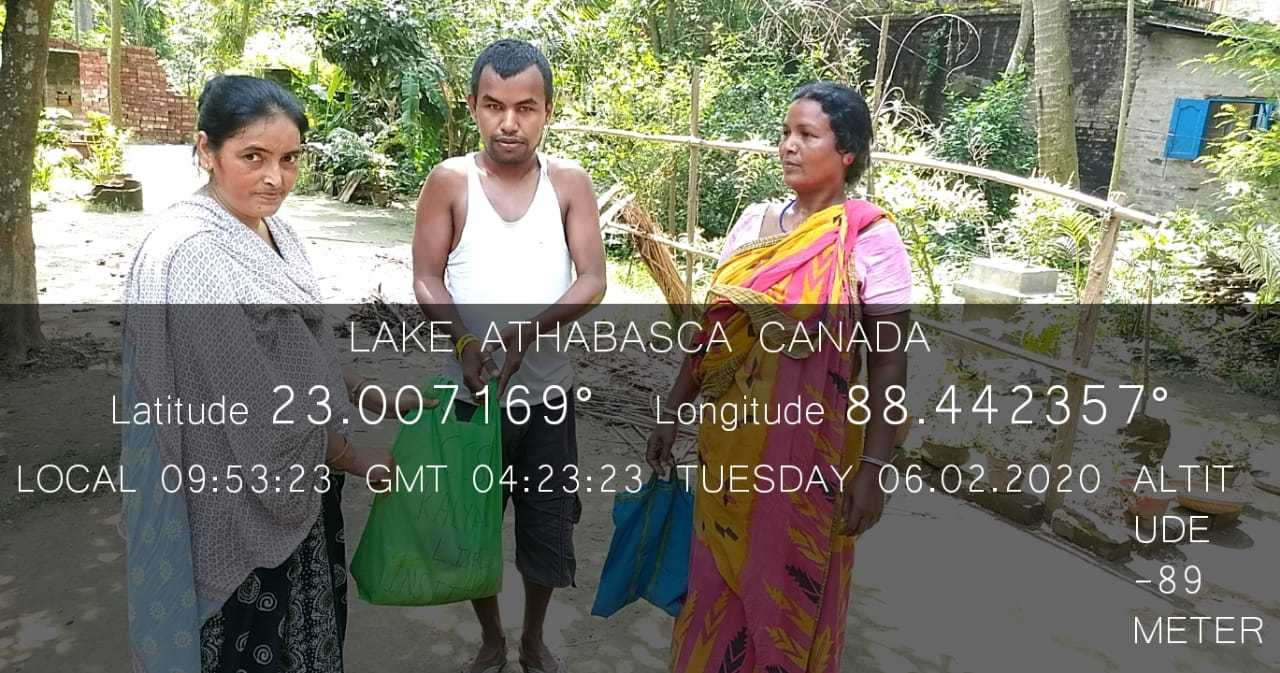 Day - 16: (Kalyani) Umphun-Corona Lockdown crisis-food distribution. https://photos.app.goo.gl/VmjLicrWTW7Pr1Mx7