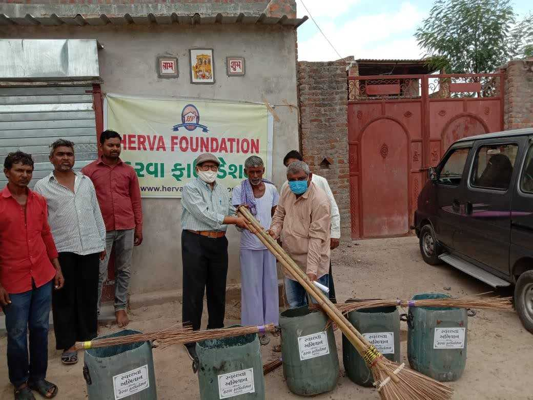 We celebrated the Independence day (15th Aug) at village Hebatpur in Surendranagar District near Viramgam (Gujarat). We had swachta abyan, cleanness awareness program. The village sarpanch was present with us. We gave five sets of broomsticks, brooms and dustbins to the village. We also distributed some pamphlets on cleanliness. We tried to make them aware of how important it is to keep their village clean thus prevent various illness
